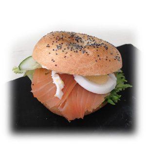Mini bagel de Salmón y huevo
